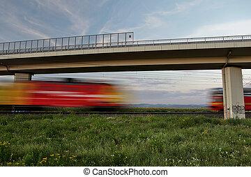 puente, image), verano, (motion, trenes, dos, rápido, confuso, mientras, debajo, paso, encantador, reunión, día