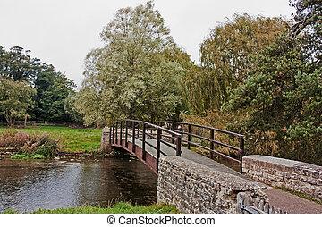 Puente sobre el río en Bibury