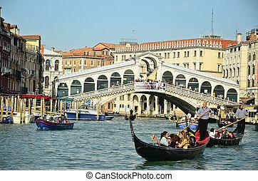 puente, venecia, allí, siglo, 28, venecia, góndola, mil, italy., -, 18, góndolas, solamente, 28:, tourism., marzo, cien, varios, rialto, hoy, 2012