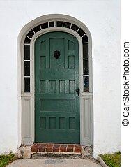Puerta antigua en San Agostino