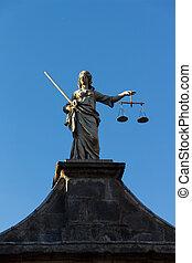 Puerta de la justicia en Dublin Castle, Irlanda, 2015