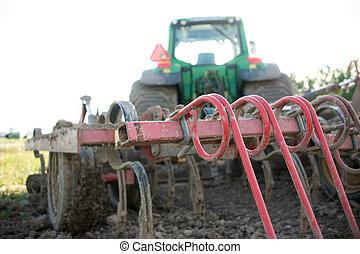 Quita un tractor