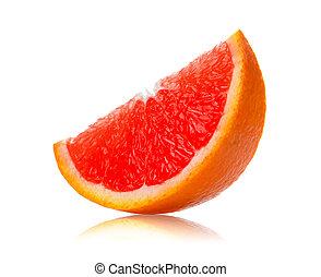 Rebanada de naranja en fondo blanco