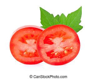 Rebanada vegetal de tomate aislada en fondo blanco