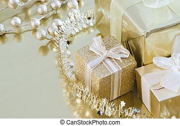 Regalos de oro de Navidad