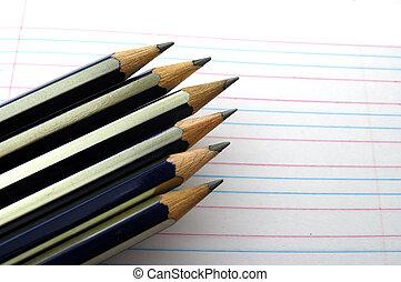 reglas, lápices, puntiagudo, manuscrito