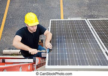Reparación de paneles solares con espacio de copiado