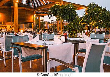 restaurante, terraza, mesas