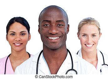 Retrato de equipo médico carismático