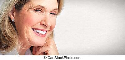 Retrato de mujeres mayores.
