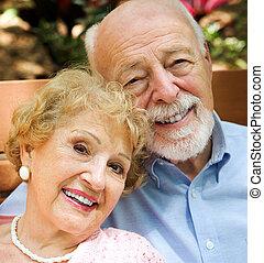 Retrato de pareja mayor