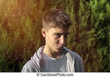 Retrato de un adolescente diabólico