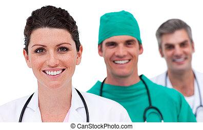 Retrato de un equipo médico brillante