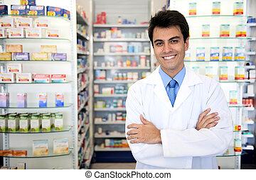 Retrato de un farmacéutico masculino en la farmacia