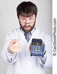 Retrato de un médico, propone pagar el tratamiento en posterminal. Concepto el alto costo del tratamiento