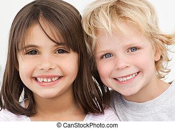 retrato, niños, cocina, dos, feliz