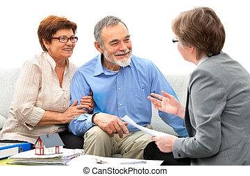 Reunión con el agente inmobiliario