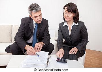 reunión, dos, empresarios