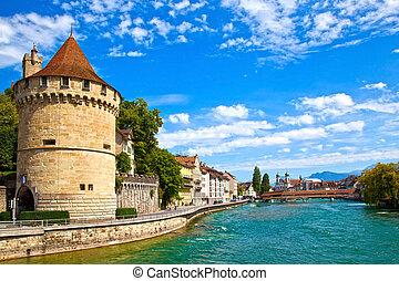 Reuss río en Lucerne, Suiza