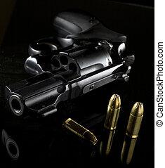 revólver, munición