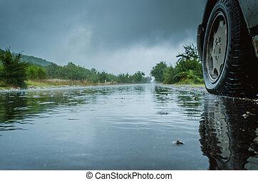 road., trasero, aquaplaning, detalle, coche, traffic., camino, conducción, lluvia, rueda, mojado