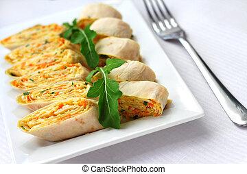 Rollos de lavash armenio con cebollas, zanahorias y queso
