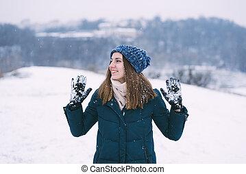 ropa, bastante, mujer joven, invierno, sonriente