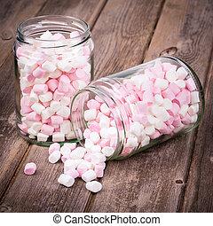 rosa, viejo, tarro, se derramar, vendimia, encima, almacenamiento, efecto, viñeta, fondo., madera, malvaviscos, blanco, intentional
