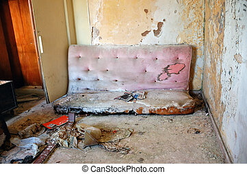 roto, sofá