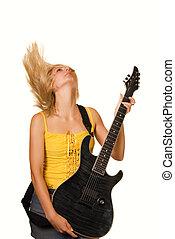 Rubia con guitarra