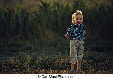 rubio, poco, campo, niño, retrato