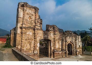 Ruinas de la iglesia de Candelaria en Antigua Guatemala, guatemal