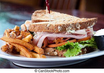 Sándwich de club