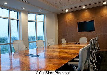 Sala de conferencias en el nuevo edificio de oficinas