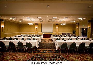Sala de conferencias vacía.