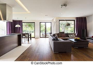 Sala moderna con sofá