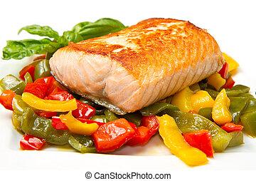 Salmón a la parrilla y verduras