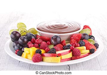 Salsa de chocolate y frutas