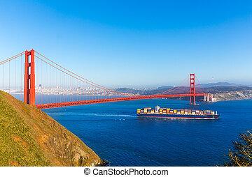 San Francisco Golden Gate Bridge Barco en California