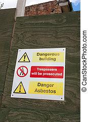 Señal de peligro de asbesto