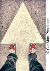 señal, sobre, shoes, delantero, flecha
