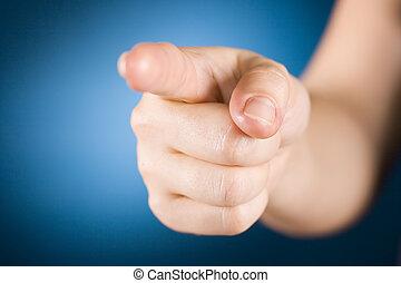 Señalando a mano