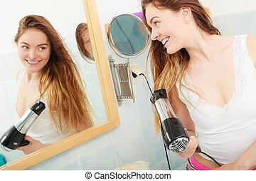 secado, haired largo, pelo, cuarto de baño, mujer