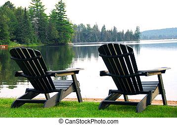 sillas, playa, lago