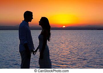 silueta, luz, pareja, espalda, lago, ocaso, amor