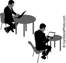 Silueta negra dos hombres sentados detrás de la computadora, en un fondo blanco