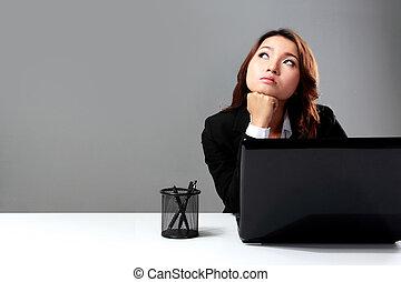 soñar despierto, mujer de negocios, frente, computador portatil, joven