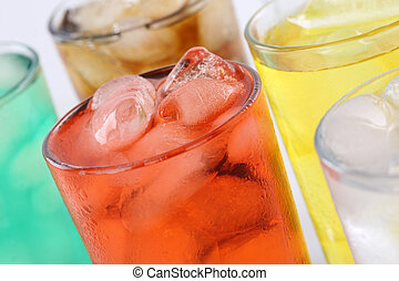Soda de limonada con vasos