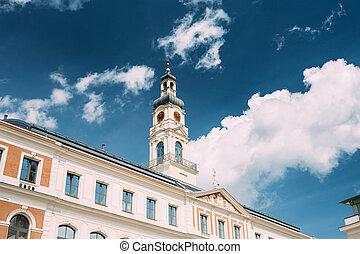soleado, famoso, riga, ciudad, latvia., torre, vestíbulo, reloj, -, riga, señal del día, verano, viejo
