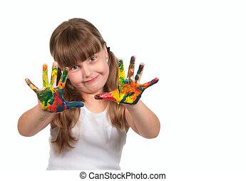 Sonriendo la guardería infantil pintando con sus manos